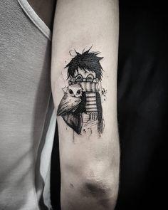 Tatuagem feita por Vinicius Scalfone. Harry potter em traços delicados. #tattoo #tatuagem #tattoo2me #art #arte #delicada #fofa #sweet