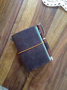 Midori Traveller's Notebook / fountain pen