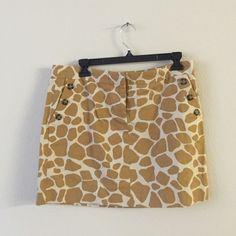 Jcrew giraffe skirt Jcrew giraffe print skirt with pockets New with Tags size 8 J. Crew Skirts
