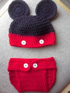 Mickey Mouse Hat and Diaper cover (Crochet pattern) This is a great idea for a baby's Halloween costume. Someone is giving it away on Listia.com.  Come check it out!!