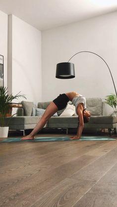Abends Back Bend Flow - Yoga - Fitness Motivation Yoga Bewegungen, Yoga Pilates, Ashtanga Yoga, Yoga Flow, Pilates Video, Kundalini Yoga, Yoga Meditation, Yoga Inspiration, Yoga Fitness