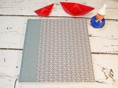 Guestbook, Gästebuch, Hochzeitsgästebuch, Gästebuch Taufe,  Maritimes Gästebuch,stoffbezogenes Gästebuch,personalisierbares Gästebuch, Papierboote grau