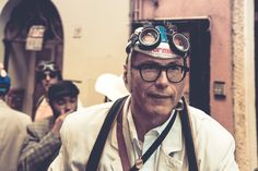 """La Punzonatura - © Ivan Roversi - Gruppo """"Sirmione FotografiAMO"""" per """"Coppa Cobram del Garda"""""""