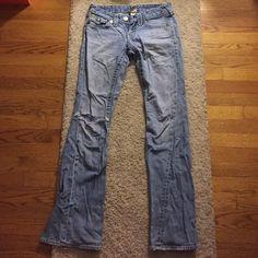 True religion light wash jeans size 27 Authentic True Religion Brand Jeans light wash ripped knee size 27. Great fit & super comfortable True Religion Pants