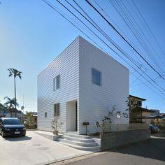 House in Nichinan by TAKESHI ISHIODORI ARCHITECTURE  - Miyazaki, Japan