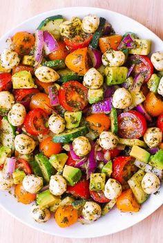 Avocado Salad with Tomatoes, Mozzarella, Basil Pesto - Julia's Album #healthyfoodrezepte