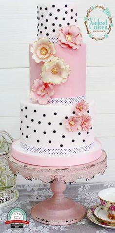 Chic Parisien Wedding Cake by The Velvet Cakes - http://cakesdecor.com/cakes/243919-chic-parisien-wedding-cake