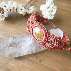 Macrame Jewelry MANOさんはInstagramを利用しています:「✴︎ エチオピアンオパールマクラメブレスレット ✴︎ こちらの作品は 東京は代々木上原駅前にあるオシャレなカフェ @node_uehara さんにて販売しております♪ 是非覗いてみてくださいね♪ ✴︎ #MacrameJewelryMANO #マノ #Japan…」