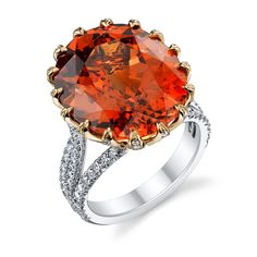 Diamond-Prong Spessartite Ring, Omi Privé