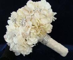 Dream bouquet: Hydrangea + Crystals
