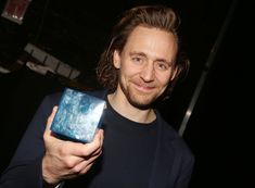Zawe Ashton, Iman, Tom Hiddleston, Charlie Cox and Eddie Arnold pose backstage at Betrayal on Broadway at The Jacobs Theatre on December 2019 in New York City. Thomas William Hiddleston, Tom Hiddleston Loki, The Tesseract, Beautiful Person, Perfect Man, Betrayal, Marvel Cinematic, Toms, The Avengers