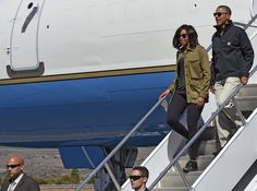Pin for Later: Michelle Obama Heads Home in a Fresh-Off-the-Runway Paisley-Print Dress The Obama Family's Athleisure Style in the Andes Mountains Michelle wore leggings, trainers, a silky tee, and khaki colored trench for the family's hike.