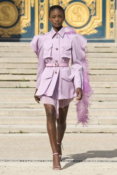 Get inspired and discover Nina Ricci trunkshow! Shop the latest Nina Ricci collection at Moda Operandi. Haute Couture Style, Couture Mode, Couture Fashion, Runway Fashion, Womens Fashion, Fashion Trends, Dior Couture, Fashion Inspiration, Layout Inspiration
