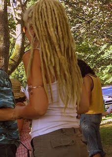 I want my hair like this! Maybe in six years... Three to grow it out long, and three for the dreadlocks to tighten up. Sheesh...that's a long time. :/