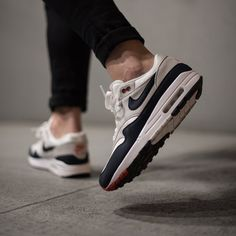 9cb6c85ae66f4a Nike Air Max 1 Anniversary -OG -Obsidian (908375-104) USD 140 HKD 1100 Pre  Order and Release on 15 Dec  solecollector  dailysole  kicksonfire   nicekicks ...