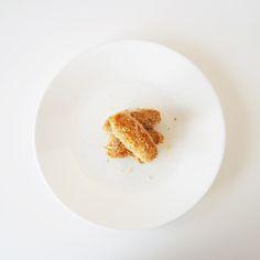 Finger food: Tuna and potato croquettes | http://micheleng.com/finger-food-tuna-and-potato-croquettes/