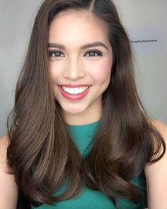 Maine ❤️ @mainedcm  #inthemakeupchair  #2016 #mainemendoza #dreamjob. This girl is truly phenomenal!✨ Thank you Maine! @celestetuviera @lizzzuy @danaevernisse #MakeupLalaFlores