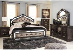 Upholstered Bedroom Set, Oak Bedroom, Queen Bedroom, Bedroom Furniture Sets, Bedroom Sets, Bedroom Decor, Master Bedrooms, Bathroom Furniture, Modern Bedroom