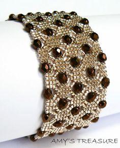 """Очень красивый браслет """"Alveoline"""" от Vyolina. http://vyolina.skyrock.com/"""