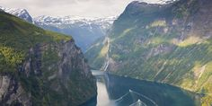 Norway is undoubtedly one of the most beautiful places on Earth. It's home to more natural wonders than we can count and it has stunning cities, fascinating history and really happy people.