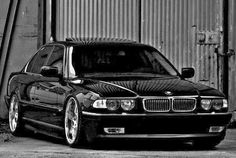 BMW E38 7 series black