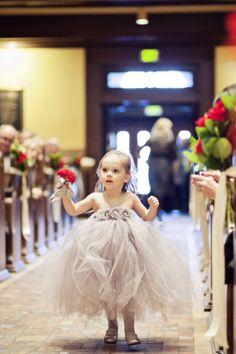 Photo by Roee. #weddingphotographersmn #minneapolisweddingphotographers