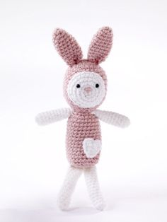 Amigurumi Heartfelt Bunny #crochet #freepattern  Such a cute gift for a child, even a friend!
