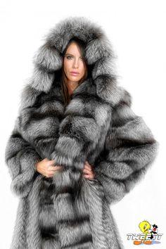 Kate Beckinsale in fox fur coat by Tweety63