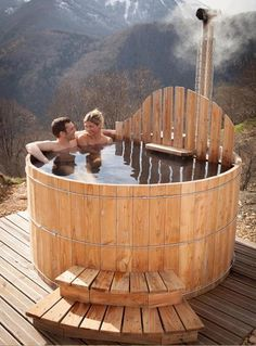 Outdoor wooden spa with integrated stove - Spa, jacuzzi, sauna and steam room.