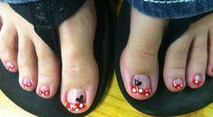 decoraciones para unas de pies mickey mouse Cute Pedicure Designs, Toe Nail Designs, Toe Nail Color, Toe Nail Art, Feet Nails, 3d Nails, Mickey Mouse Nails, Cute Toe Nails, Pink Ombre Nails
