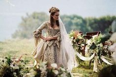 """""""Elizabeth Swann (Keira Knightley) 'Pirates of the Caribbean: Dead Man's Chest' Costume designed by Penny Rose."""" this dress is beautiful. Movie Wedding Dresses, Wedding Movies, Wedding Gowns, Pirate Wedding Dress, Prom Dresses, Keira Christina Knightley, Keira Knightley, Captain Jack Sparrow, Movie Costumes"""