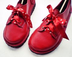 UK 7 Handmade leather shoes D fitting Pillar box Red por Fairysteps