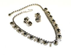 Holiday 2015 Sale - Marked Down ! La Roca Necklace & Earring Set w Black Diamond Glass Rhinestones - Square Stones - Vintage Vintage La Roca Necklace and Earring Set! Vintage Jewelry, Unique Jewelry, Black Diamond, Clip On Earrings, Earring Set, Jewelry Accessories, Jewels, Crystals, Perfect Wedding
