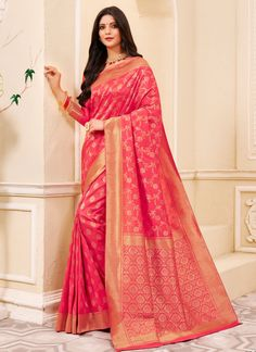 Silk Weaving Classic Saree in Pink