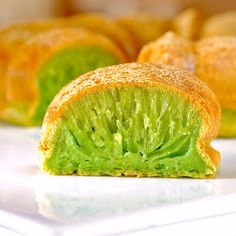 "Recipe for Pandan honeycomb cake, which is a Vietnamese gluten-free specialty that gets its delicate green colour from pandan extract, which is apparently also known as ""Asian vanilla"""