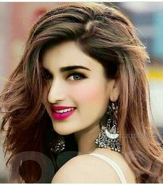 Become Beautiful With These Tips And Tricks Beautiful Girl Indian, Most Beautiful Indian Actress, Gorgeous Women, Beautiful Bollywood Actress, Beautiful Actresses, India Beauty, Asian Beauty, Bollywood Girls, Bollywood Stars
