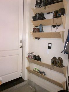 Amazing Garage Shoe Storage Ideas # 13 Homemade Shoe Rack – Lorena Flores Escoto – # Amazing - All About Gardens Homemade Shoe Rack, Homemade Shoes, Diy Shoe Rack, Shoe Racks, Diy Shoe Organizer, Wall Shoe Rack, Wall Mounted Shoe Storage, Shoe Rack Closet, Shoe Rack For Stairs