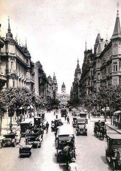 Avenida de Mayo. Buenos Aires, Argentina. 1915.