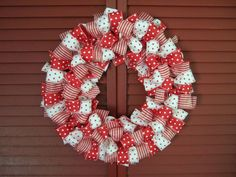 Easy To Make Christmas Ribbon Wreath