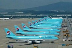 Korean Air Cargo Boeing 747-4B5F/SCD lineup