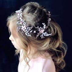 Мои украшения подходят не только невестам, но и маленьким феям . Украшение в наличии
