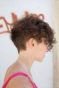 Brown Short Hairstyle for Thick Curly Frizzy Hair Hair styles Short Curly Pixie, Short Curly Hairstyles For Women, Curly Hair With Bangs, Haircuts For Curly Hair, Curly Hair Cuts, Hairstyles With Bangs, Curly Hair Styles, Frizzy Hair, Hairstyles 2018
