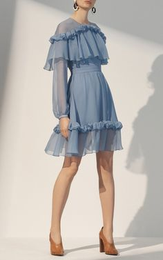 Get inspired and discover Prabal Gurung trunkshow! Shop the latest Prabal Gurung collection at Moda Operandi. Elegant Dresses, Cute Dresses, Beautiful Dresses, Casual Dresses, Fashion Dresses, Summer Dresses, Ruffled Dresses, Fashion Line, Look Fashion