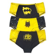 Batman Panties: The Underwear Gotham DeservesGraffiti has very much graduated from petty vandalism to art in many circles; there are now professional graffiti artists, because graffiti is cool. Graffiti is still not as cool as either Batman or pretty ladi Batman Love, Batman Stuff, Batman Batman, Nananana Batman, Batman Outfits, Batman Shoes, Geek Fashion, Culottes, Geek Girls