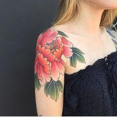 Black Garden in London Hawk Tattoo, 1 Tattoo, Body Art Tattoos, Sleeve Tattoos, Arm Tattoos, Japanese Peony Tattoo, Shoulder Cap Tattoo, Garden Tattoos, Traditional Tattoo Flowers