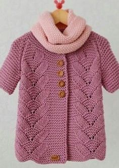 Free Knitting Pattern For Lil Baby Knitting Patterns, Knitting For Kids, Crochet For Kids, Free Knitting, Crochet Baby, Knit Crochet, Baby Coat, Baby Cardigan, Baby Sweaters