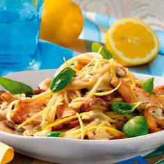 Chicken Pasta (recipe in German) Polish Recipes, Egg Recipes, Lunch Recipes, Cooking Recipes, Healthy Recipes, Chicken Pasta Recipes, Healthy Lifestyle, Good Food, Food And Drink