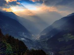 sunlight streaming through clouds by photowolf Pictures Images, Pretty Pictures, Powerful Pictures, Germany Photography, What A Wonderful World, Great View, Wonders Of The World, Places To See, Travel Destinations