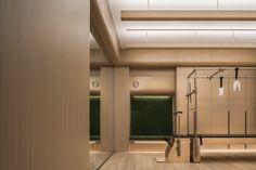 南筑设计事务所 Washroom, Bathroom Lighting, Mirror, Furniture, Design, Home Decor, Bathroom Light Fittings, Bathroom Vanity Lighting, Decoration Home