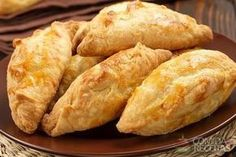 Pies with pumpkin Seafood Recipes, Appetizer Recipes, Cooking Recipes, Pumpkin Recipes, Cake Recipes, Portuguese Recipes, Portuguese Food, Tasty Bites, Empanadas